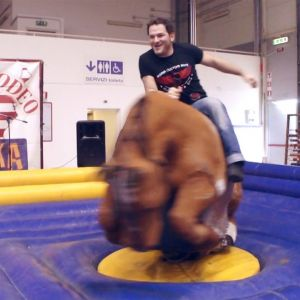 Motodays2015 12 custom cez mechanical bull