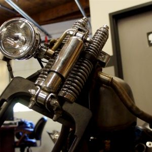 ep10 20 Barnstorm Custom head light